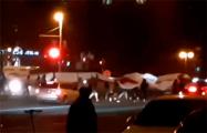 Фрунзенский район Минска гулял под огромным бело-красно-белым флагом