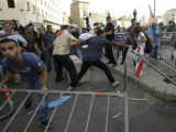Ливанские оппозиционеры попытались штурмовать здание правительства