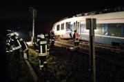В Германии столкнулись пассажирский и грузовой поезда