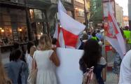 Чешские студенты прошлись маршем в знак солидарности с Беларусью