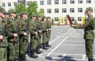 В Барановичах военкомат 3−4 раза в год вызывает не годного к службе разносить повестки