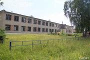 Как белорусский бизнесмен выкупил свою бывшую школу, чтобы дать деревне работу
