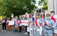 Белорусы пикетировали посольство Австрии в Варшаве