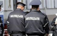 Пьяные милиционеры ограбили автостопщика в Барановичах?