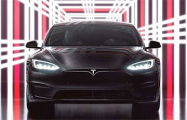Илон Маск представил роскошную флагманскую модель электрокара Tesla Model S Plaid