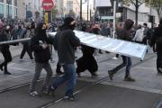 В беспорядках во Франции приняли участие свыше тысячи человек