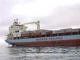 Капитан освобожденного американского судна остался в руках пиратов