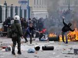 Полиция применила спецсредства против участников беспорядков в Греции