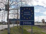 Дипломаты из КНДР везли в Швецию 11 тысяч пачек сигарет из России