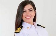 Первая женщина-капитан Египта заявила о непричастности к пробке в Суэцком канале