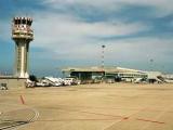 В Палермо самолет при посадке выкатился за пределы полосы