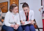 Белорусских пенсионеров приобщат к современным мобильным гаджетам