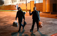 Фотографы Владимир Гридин и Александр Васюкович вышли на свободу