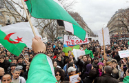 Миллион жителей Алжира требует отставки правителя
