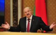 Лукашенко позвонил Путину, президенты общались больше часа