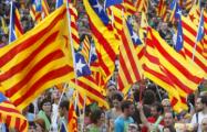 В Барселоне сотни тысяч вышли на протест против властей в Мадриде