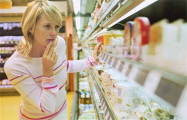 Народная инфляция: на сколько за год подорожали продукты в одном и том же магазине