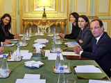Президент Франции отказался освободить Google от налога
