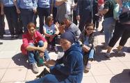 «Пусть к нам выйдет Токаев»: в Казахстане протестовали многодетные матери