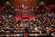 В парламенте Франции появился черный список озабоченных депутатов-мужчин