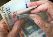 Лукашенко подписал указ о повышении трудовых пенсий с 1 августа