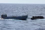 В результате кораблекрушения в Средиземном море погибли 400 мигрантов