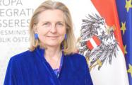 Главу МИД Австрии призвали уйти с поста из-за Путина на свадьбе
