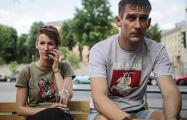 Фоторепортаж: Как в Минске встречали освободившихся политзаключенных