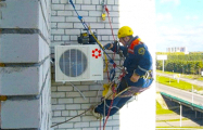В Минске массово демонтируют кондиционеры и антенны