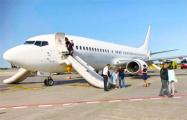 В аэропорту Праги из-за задымления на борту самолета эвакуировали 100 пассажиров