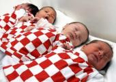 Для стимулирования рождаемости нужны более тонкие меры, чем рост пособий