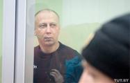 Шашлыки для гостей и ремонт для тещи: За взятки судят беглого экс-главу Гомельского района