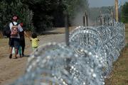 Правящая партия Венгрии нашла способ отвадить мигрантов от стены