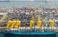 СМИ: В порту ОАЭ произошли несколько мощных взрывов