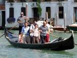 Венецианцы обратились в ЮНЕСКО с просьбой защитить гондолы
