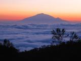 Восхождение на высшую точку горы Кения совершат белорусские альпинисты