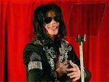 Смерть Майкла Джексона: «Стены плача» у посольств США и безумие в чартах