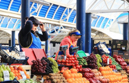 Комаровка или Ждановичи: где дешевле сезонные продукты?