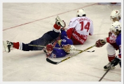 Молодежная сборная Беларуси по хоккею обыграла латвийских сверстников на мемориале Сергея Жолтока