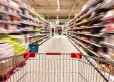Минторг за два месяца закрыл 120 магазинов