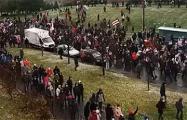 В Уручье тысячи минчан идут маршем