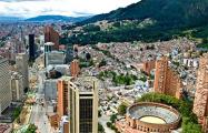 Видеофакт: В Колумбии 14-летняя девочка отбилась от грабителей с помощью мачете
