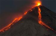 В Италии началось извержение сразу двух вулканов