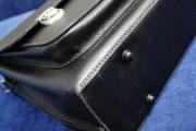 Минчанин забыл в магазине портфель с $10 тысячами