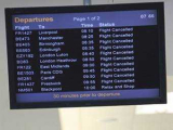 В Шотландии и Северной Ирландии из-за вулканического пепла введен запрет на полеты