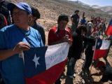 Чилийские спасатели добурили шурф к заблокированным шахтерам