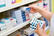 Лукашенко усилил контроль за ценами на некоторые лекарства