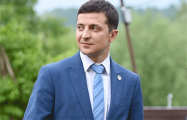 Опрос: Большинство украинцев считают Зеленского более эффективным президентом, чем Порошенко