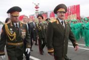 В Минске прошел военный парад