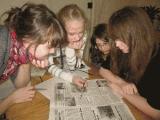 Коновалов посещал в школе кружок юного актера - материалы дела